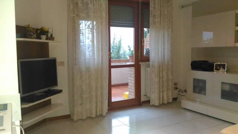 Soluzione Indipendente in vendita a Ancona, 6 locali, zona Zona: Monte d'Ago , prezzo € 280.000   Cambio Casa.it