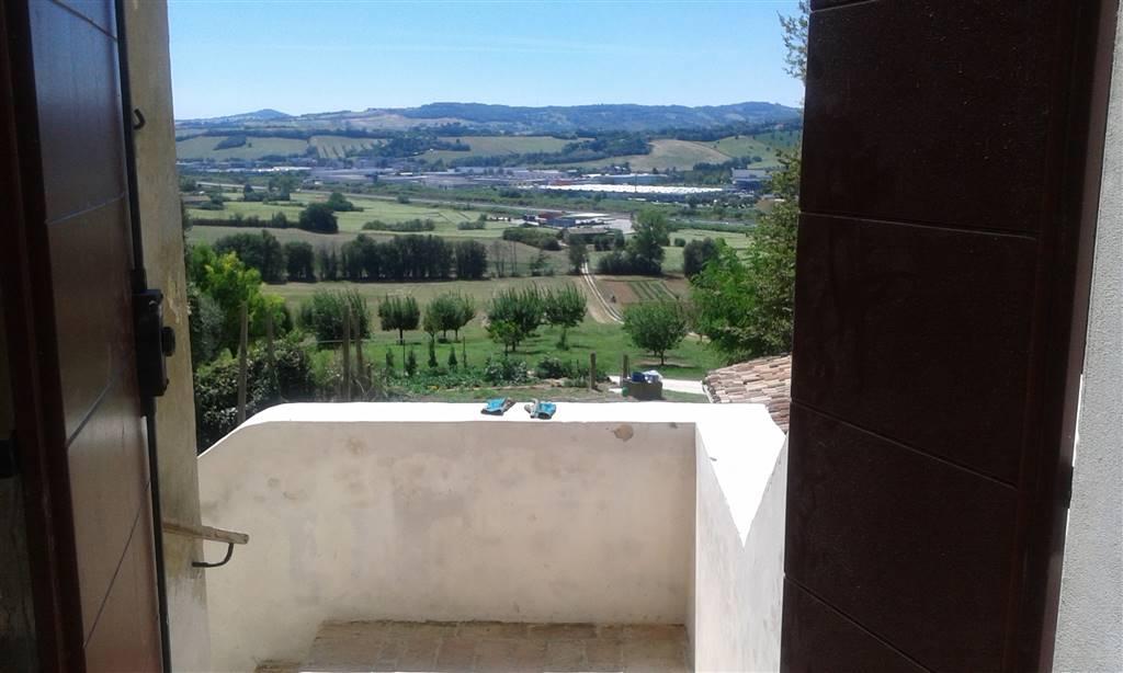 Appartamento in affitto a Ancona, 1 locali, zona Zona: Angeli di Varano, prezzo € 420 | Cambio Casa.it