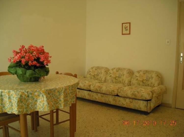 Appartamento in affitto a Falconara Marittima, 4 locali, prezzo € 600 | Cambio Casa.it