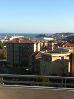 Appartamento in affitto a Ancona, 6 locali, zona Zona: Posatora, prezzo € 800 | Cambio Casa.it