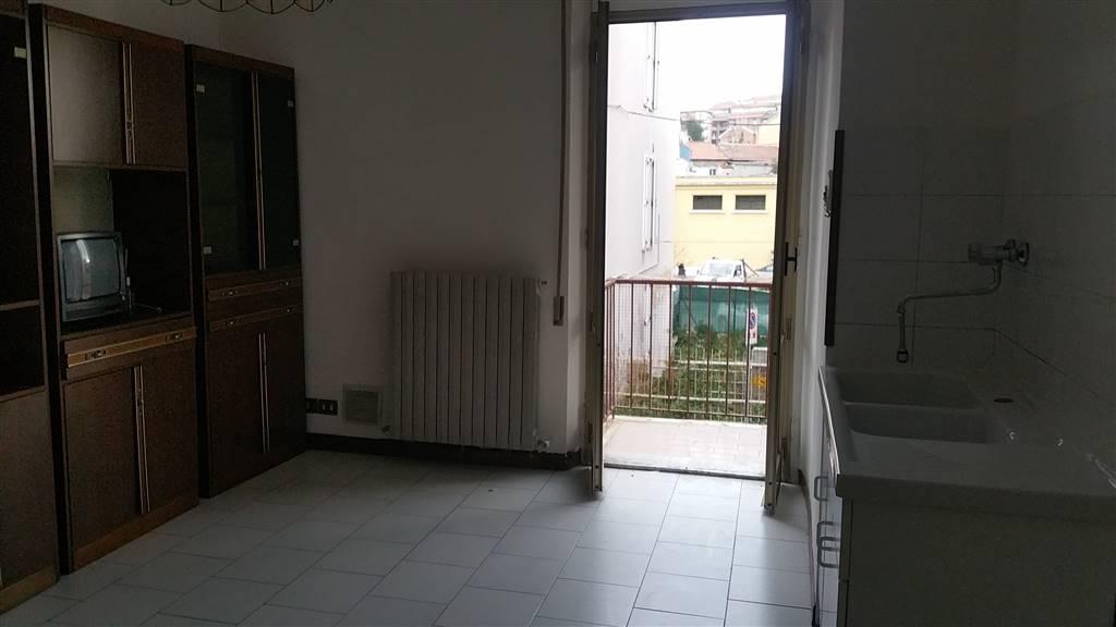 Trilocale, Ancona