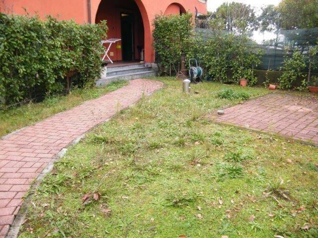 Soluzione Semindipendente in vendita a Santo Stefano di Magra, 5 locali, zona Zona: Ponzano Superiore, prezzo € 215.000   Cambio Casa.it