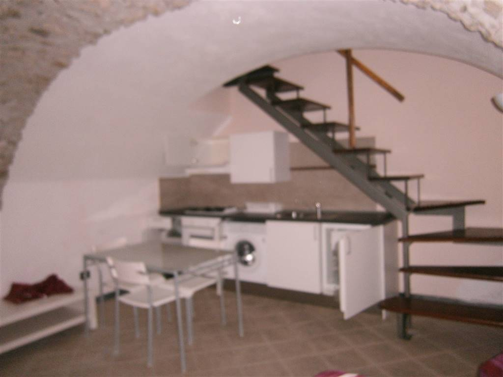 Appartamento in Affitto a Santo Stefano di Magra