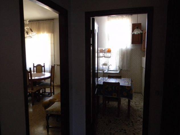 Appartamento in affitto a Ameglia, 3 locali, zona Zona: Bocca di Magra, prezzo € 500 | CambioCasa.it