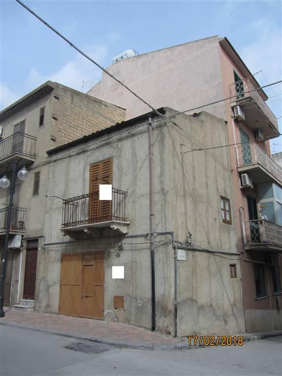 Casa Attico in Vendita a Camastra