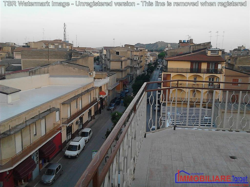 Attico / Mansarda in vendita a Ravanusa, 8 locali, Trattative riservate | Cambio Casa.it