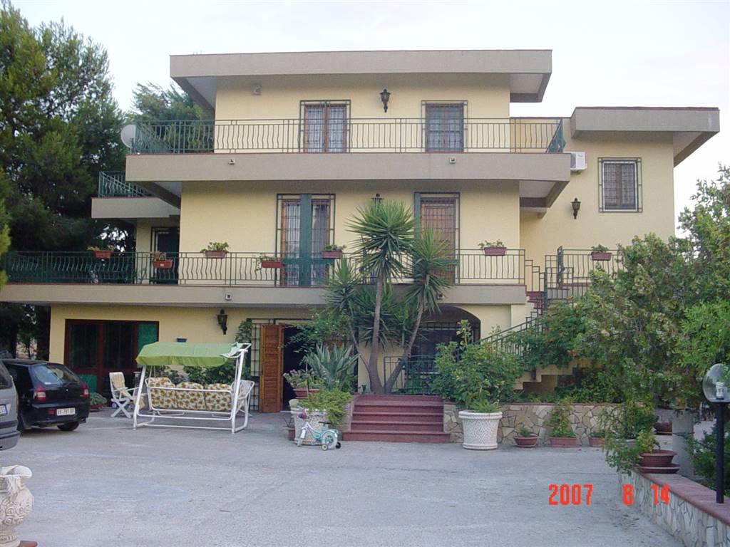 Villa Bifamiliare in Vendita a Campobello di Licata