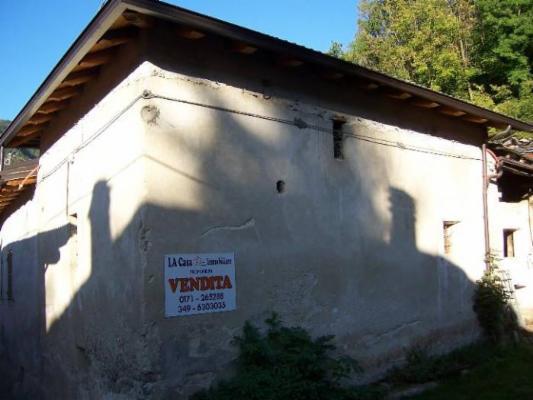 Soluzione Indipendente in vendita a Roccasparvera, 3 locali, prezzo € 22.000 | Cambio Casa.it