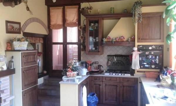 Rustico / Casale in vendita a Boves, 8 locali, prezzo € 395.000 | Cambio Casa.it