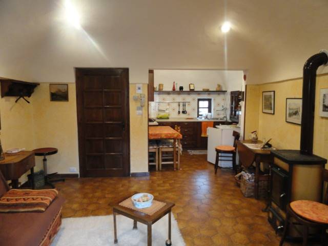 Appartamento in vendita a Chiusa di Pesio, 3 locali, prezzo € 52.000 | Cambio Casa.it