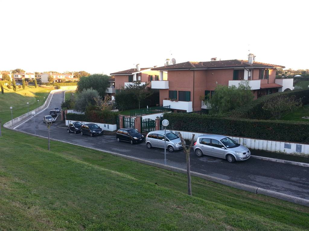 Bifamiliare in Via Giuseppe Lazzati, Roma