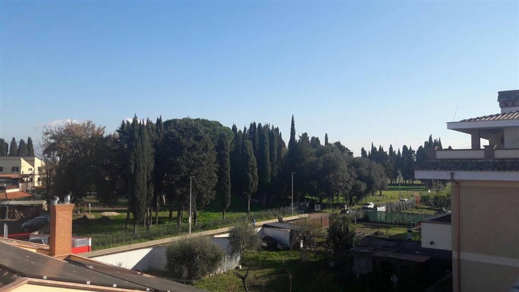 Bifamiliare in Via Melissano, Roma