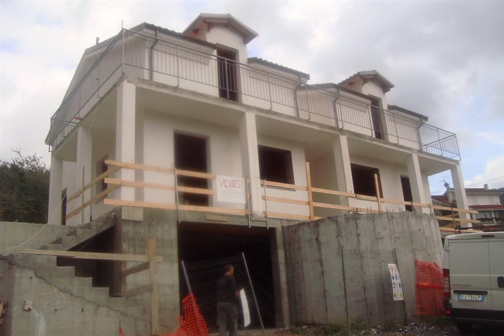 Villa in vendita a Villanova d'Albenga, 4 locali, prezzo € 200.000 | CambioCasa.it