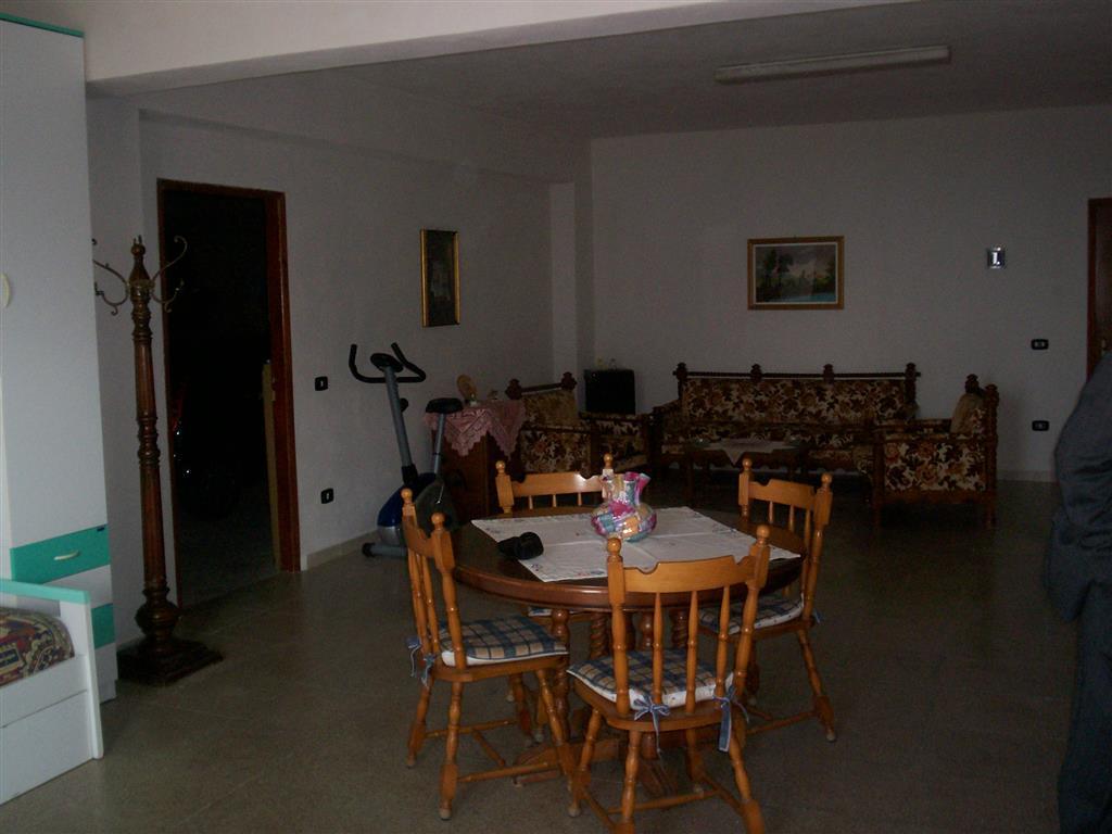 Villa in vendita a Realmonte, 4 locali, prezzo € 250.000 | Cambiocasa.it