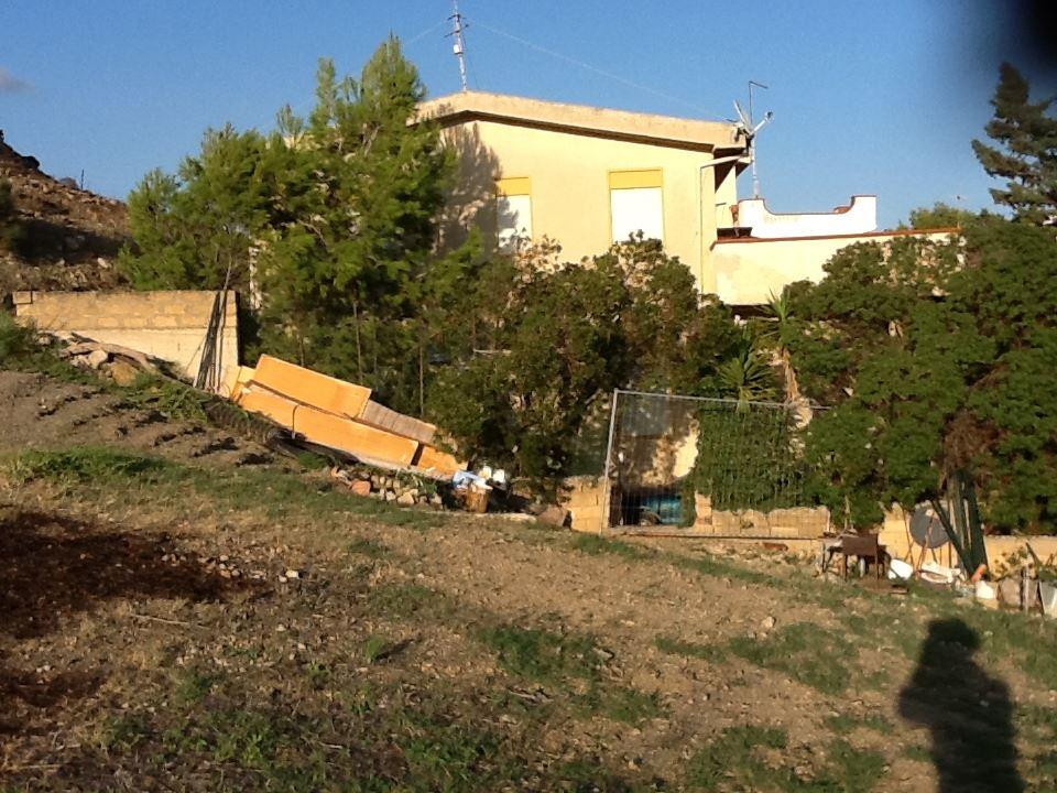 Villa in vendita a Realmonte, 5 locali, Trattative riservate | Cambiocasa.it