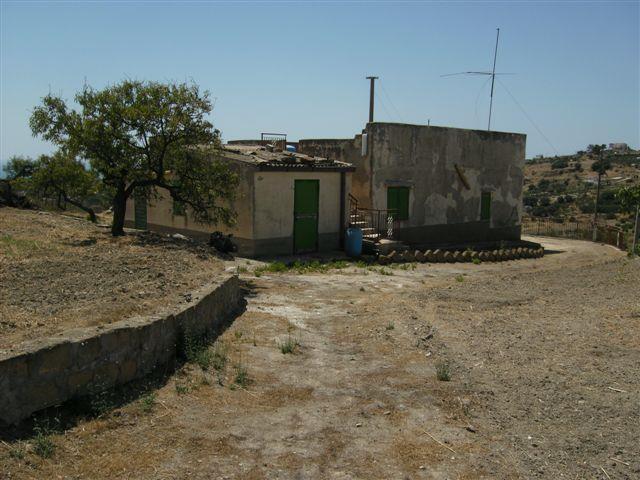 Villa in vendita a Porto Empedocle, 3 locali, Trattative riservate | Cambiocasa.it
