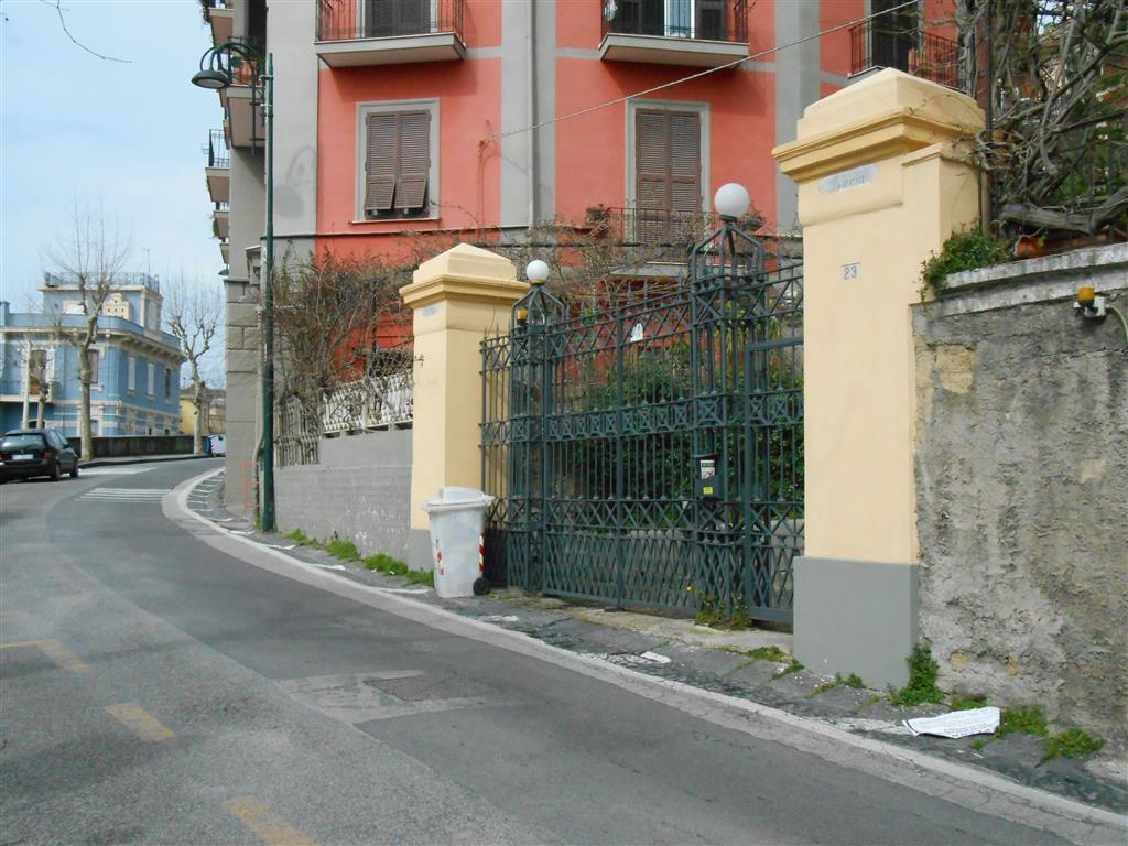 Garage / Posto auto in Via Luigia Sanfelice 23, Vomero, Napoli