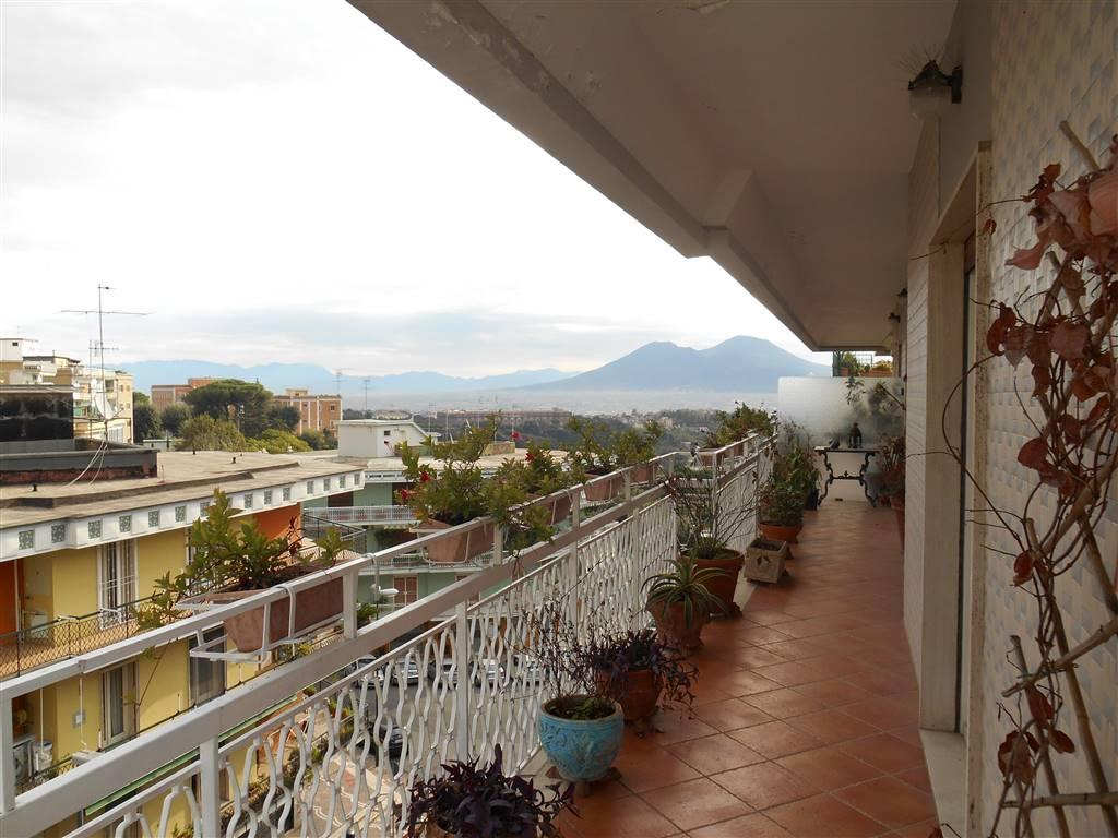 Appartamento in Viale Del Poggio  50, Napoli