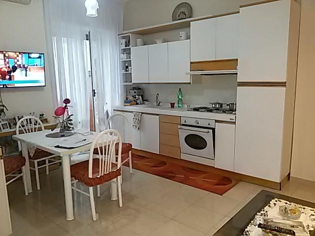 Appartamento in vendita a Salerno, 3 locali, zona Zona: Fratte, prezzo € 145.000   Cambio Casa.it