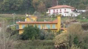 Albergo in vendita a Salerno, 11 locali, zona Località: EUSTACHIO, prezzo € 570.000 | CambioCasa.it