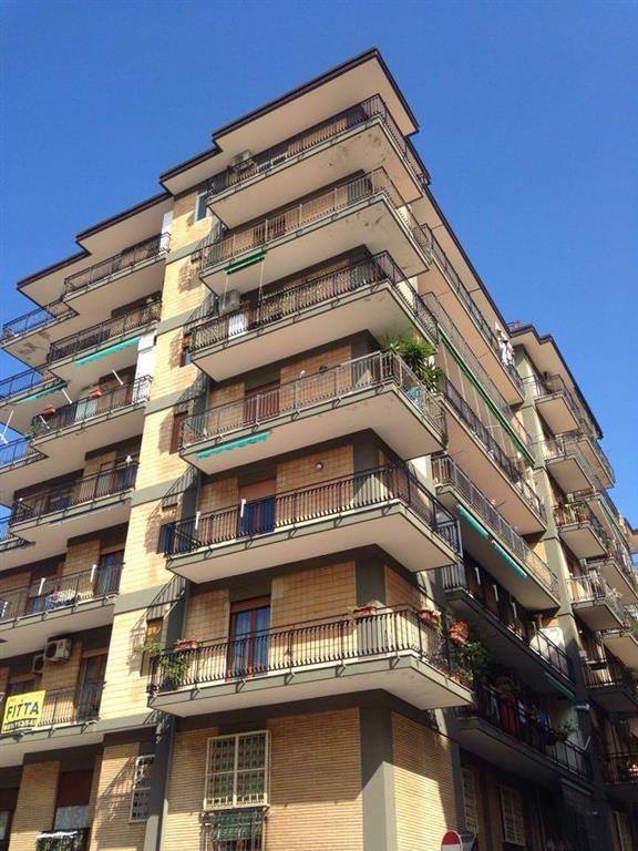 Appartamento in vendita a Salerno, 5 locali, zona Zona: Pastena, prezzo € 330.000   Cambio Casa.it