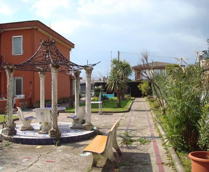 Villa a Schiera in Vendita a Pontecagnano Faiano