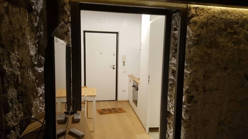Appartamento in vendita a Salerno, 2 locali, zona Zona: Centro Storico, prezzo € 140.000 | Cambio Casa.it