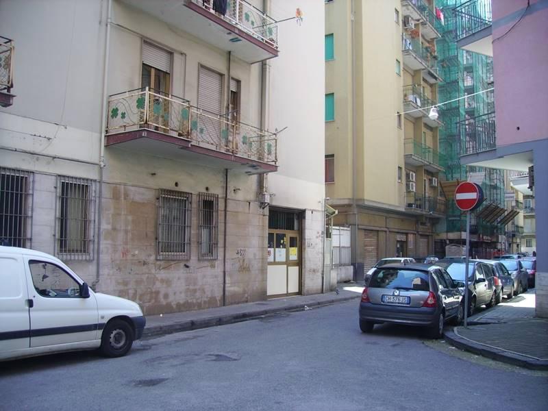 Negozio / Locale in affitto a Salerno, 9999 locali, zona Zona: Pastena, prezzo € 2.200   CambioCasa.it