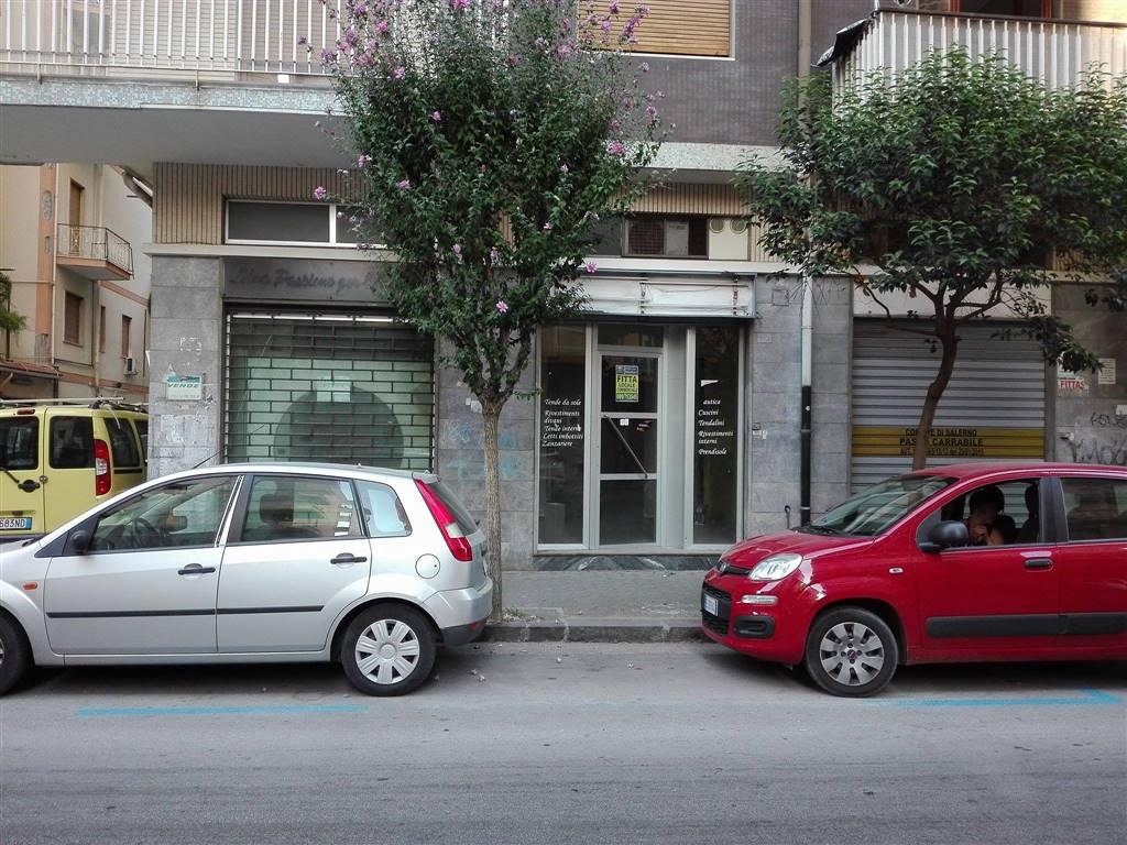 Negozio / Locale in Affitto a Salerno
