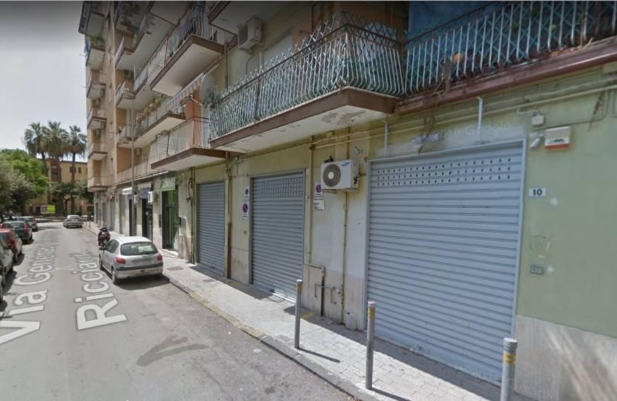 Negozio / Locale in vendita a Salerno, 9999 locali, zona Zona: Torrione, prezzo € 120.000 | CambioCasa.it