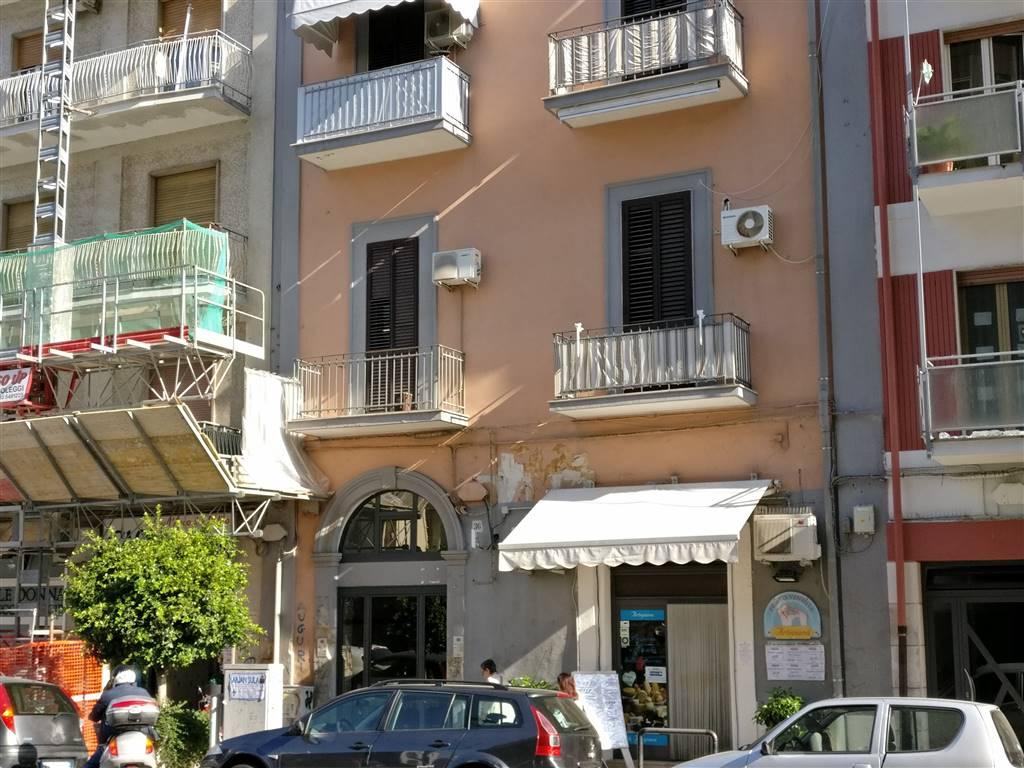 Negozio in Viale Japigia 36, Japigia, Bari