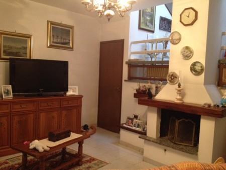 Villa a Schiera in vendita a Gambolò, 4 locali, prezzo € 138.000 | Cambio Casa.it