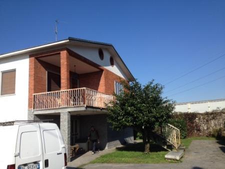 Villa in vendita a Gambolò, 5 locali, prezzo € 500.000 | CambioCasa.it