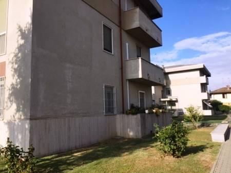 Appartamento in vendita a Gambolò, 3 locali, prezzo € 90.000 | Cambio Casa.it