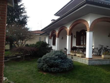 Villa in vendita a Gambolò, 5 locali, prezzo € 380.000 | CambioCasa.it