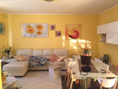Villa in vendita a Gambolò, 5 locali, prezzo € 175.000 | Cambio Casa.it