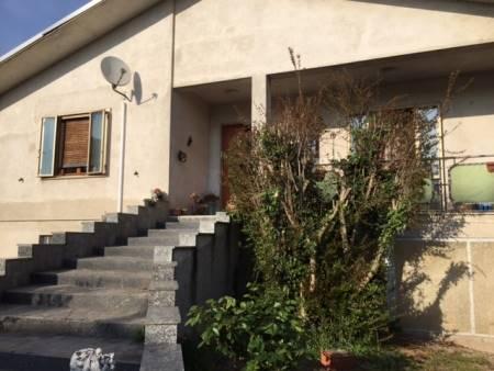 Villa in vendita a Gambolò, 4 locali, prezzo € 220.000 | Cambio Casa.it