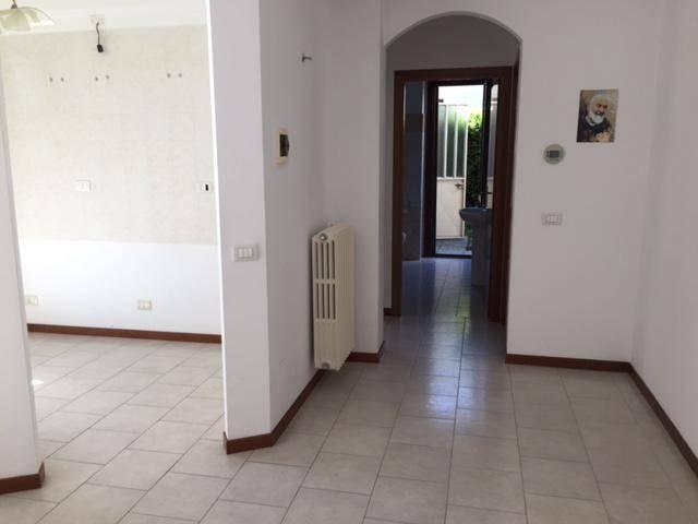 Appartamento in vendita a Tromello, 3 locali, prezzo € 80.000 | CambioCasa.it