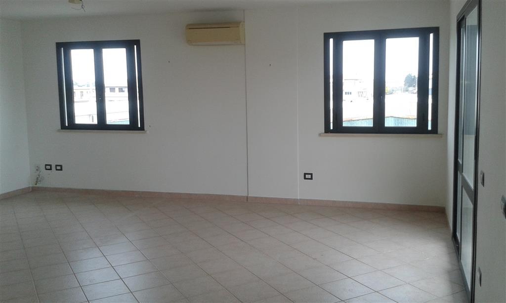 Ufficio / Studio in vendita a Follonica, 1 locali, prezzo € 100.000 | Cambio Casa.it