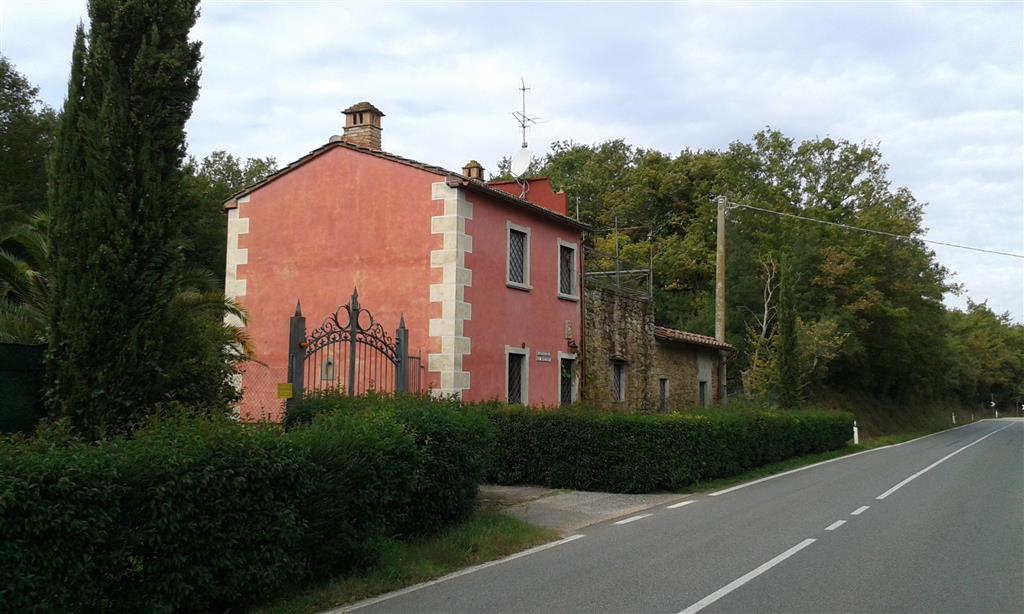 Rustico / Casale in vendita a Follonica, 5 locali, prezzo € 380.000 | CambioCasa.it