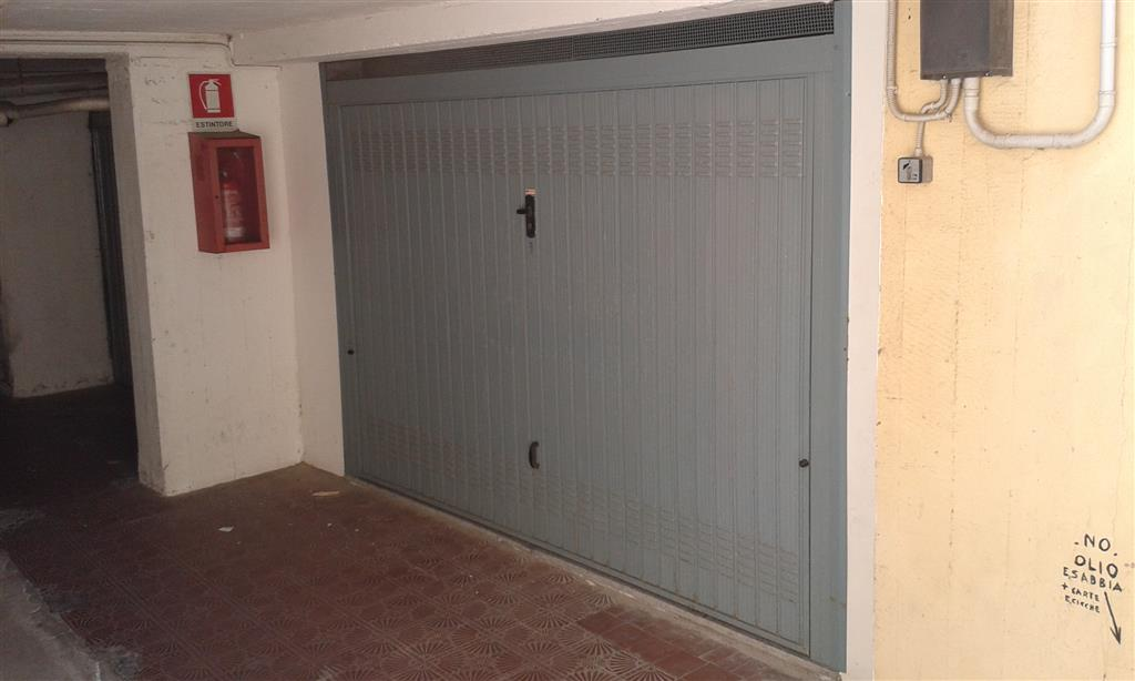 Box / Garage in Vendita a Follonica