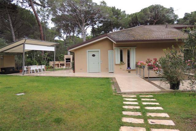 Villa in vendita a Castiglione della Pescaia, 8 locali, prezzo € 3.500.000 | CambioCasa.it