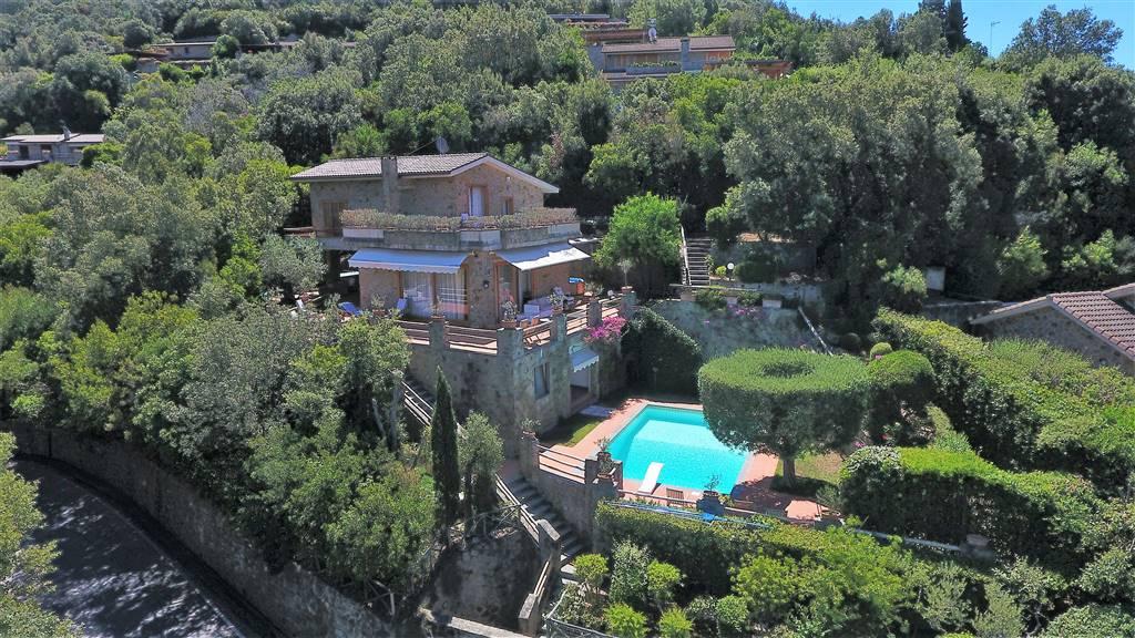 Villa in vendita a Castiglione della Pescaia, 7 locali, zona Zona: Punta Ala, prezzo € 1.850.000 | CambioCasa.it