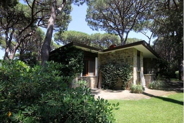Villa in vendita a Castiglione della Pescaia, 10 locali, Trattative riservate | CambioCasa.it