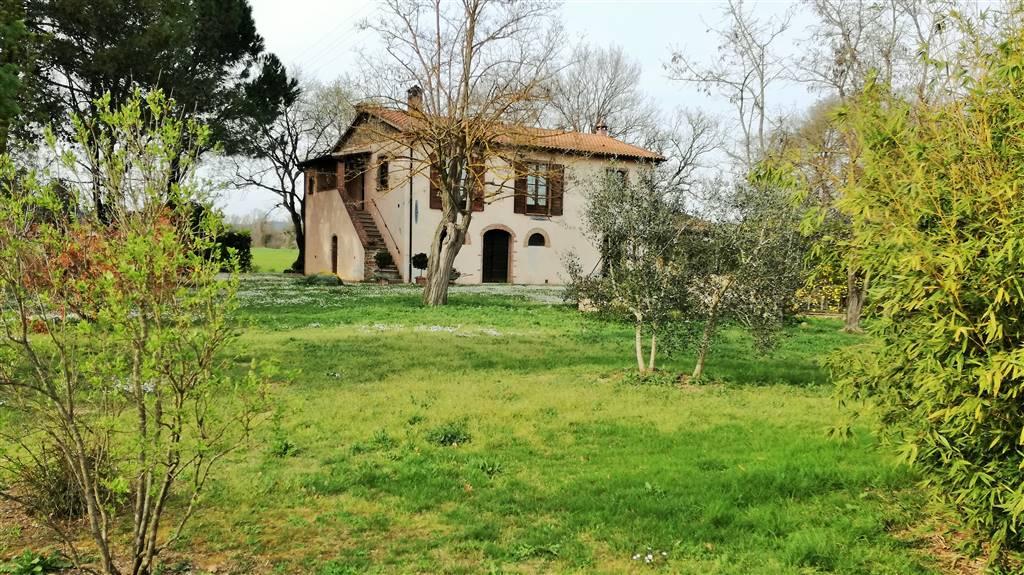 Rustico / Casale in vendita a Follonica, 5 locali, prezzo € 680.000 | CambioCasa.it