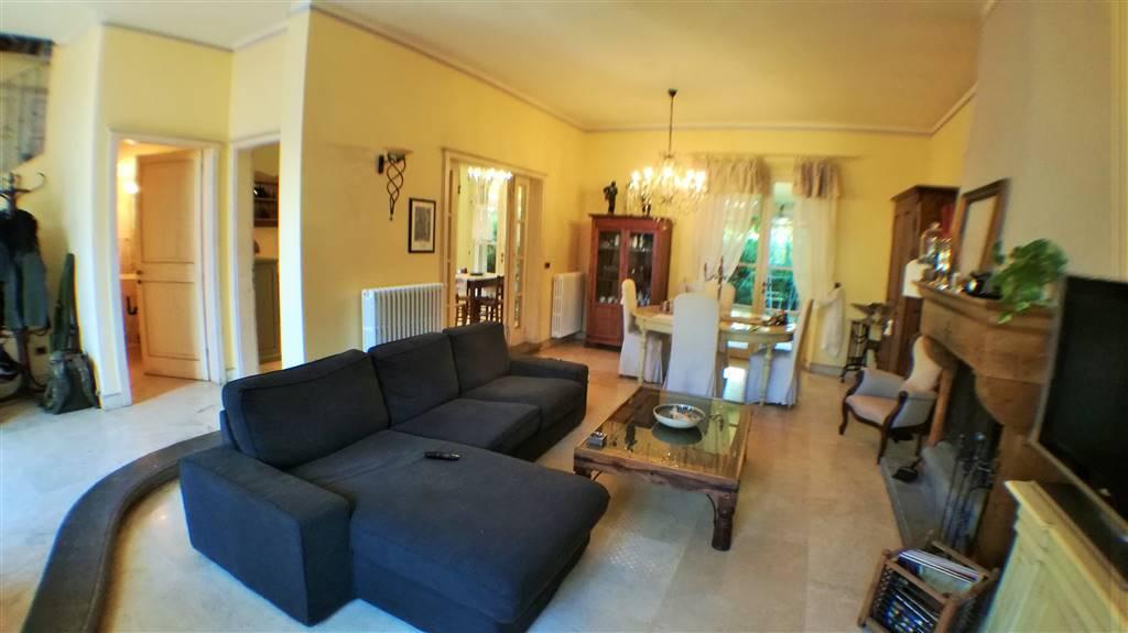 Villa in vendita a Rosignano Marittimo, 5 locali, zona Zona: Castiglioncello, prezzo € 550.000   CambioCasa.it