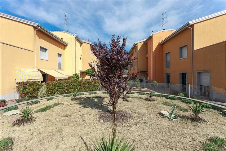 Soluzione Indipendente in vendita a Castel Guelfo di Bologna, 3 locali, prezzo € 134.000 | Cambio Casa.it