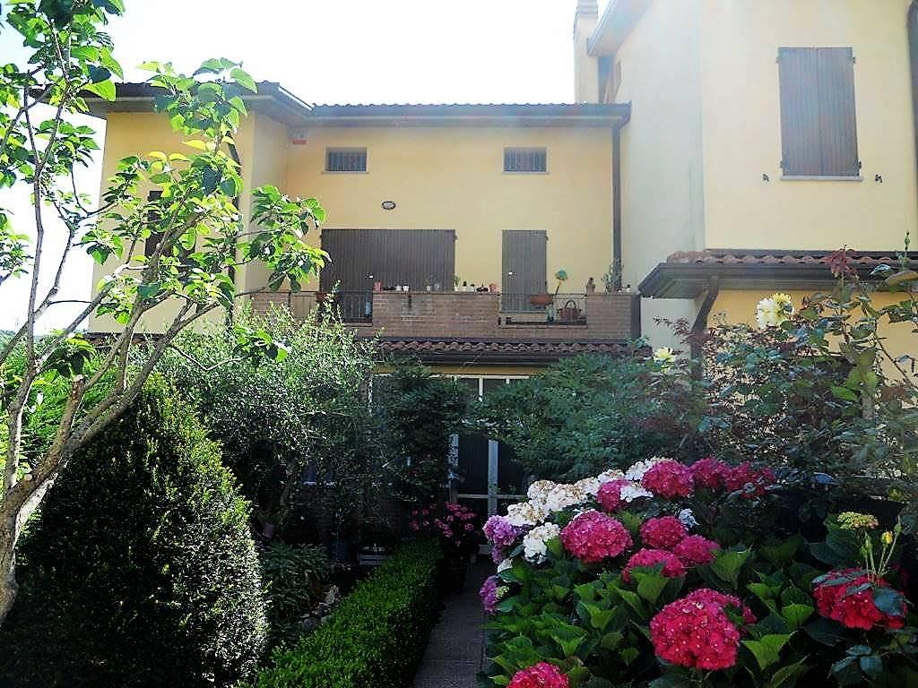Soluzione Indipendente in vendita a Castel del Rio, 5 locali, prezzo € 155.000 | Cambio Casa.it