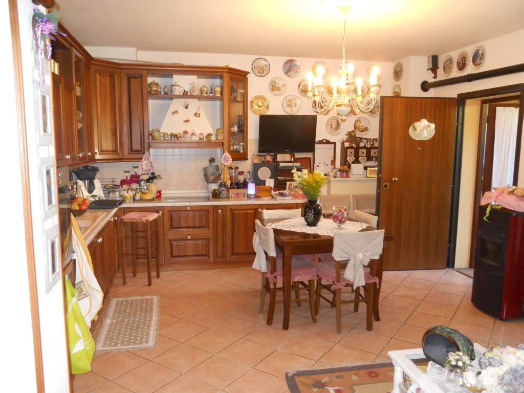 Soluzione Indipendente in vendita a Castel del Rio, 5 locali, prezzo € 165.000 | Cambio Casa.it