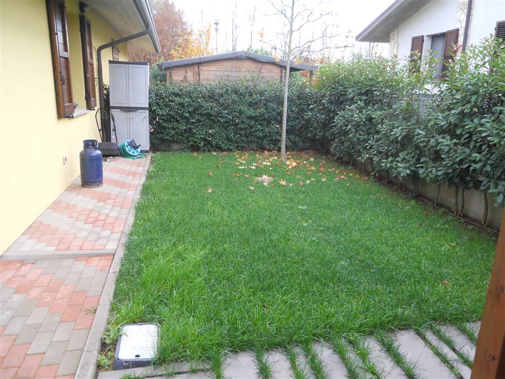 Villa a Schiera in vendita a Mordano, 6 locali, prezzo € 219.000 | Cambio Casa.it